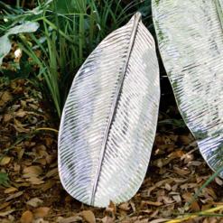 Beatriz Ball Garden Jungle Leaf Platter