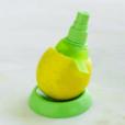 Lekue Citrus Sprayer 1