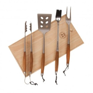 schmidt-brothers-bonded-teak-4-pc-grill-set-with-wood-gift-box_500